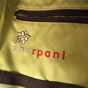 Sherpani bundle cross body purse and messenger bag